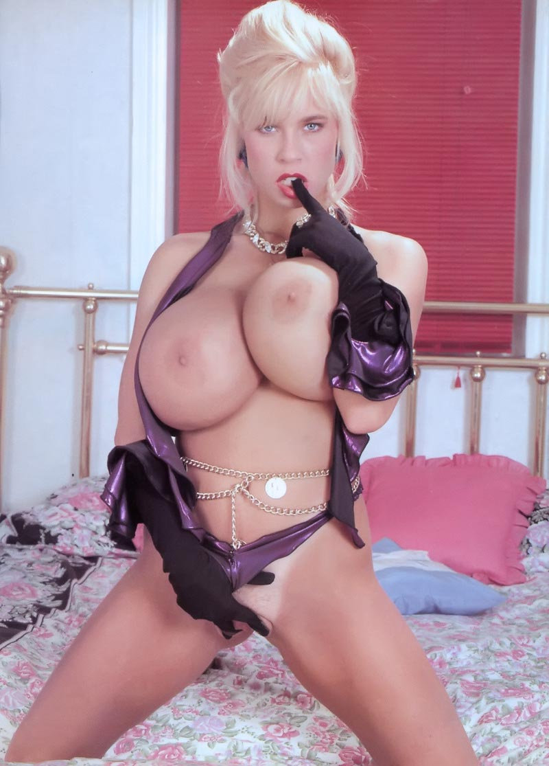 Classic porn stars amy lindsay and belinda gavin 4